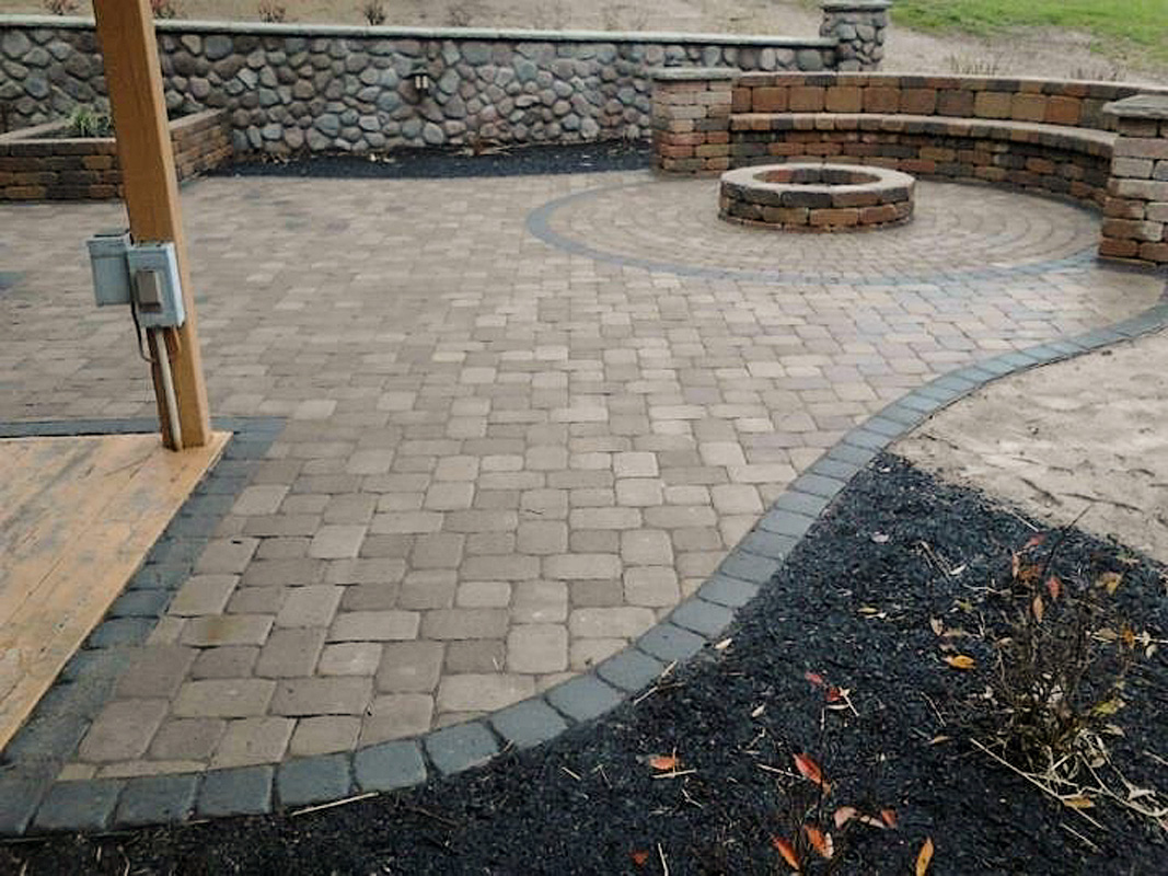 Patio surface material ideas 28 images 4 tips for for Patio materials