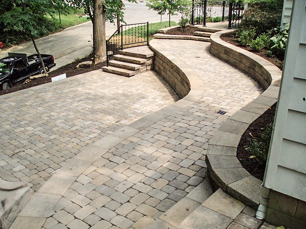 Landscape Design by Auman Landscape LLC. Installation in Fairfield County Ohio. Pickerington, Ohio. Lancaster, Ohio. Paver Patio Lancaster, Ohio. Retaining Wall.