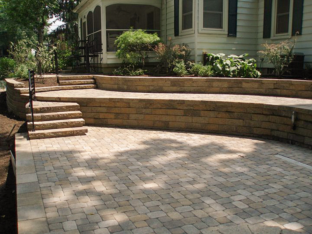 Retaining Walls | Decorative and Structural | Lancaster Ohio